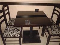 Tavolina dhe karrige te ARDENOS