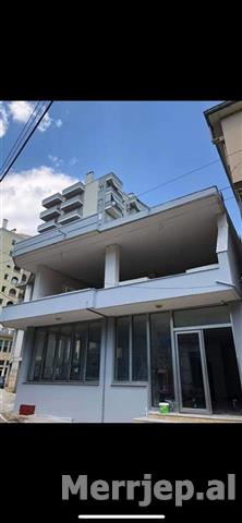 Shitet-Shtepi-Private-Bodrum-Dyqan-Shtepi-348m2