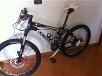 Bicikleta Lakota motor bike 1500€