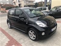 Daihatsu Sirion S .Benz-Gaz. Automatic.Zvicra