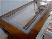 Tavoline druri per sallon
