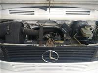 Autobot Mercedes-Benz 410
