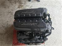 Motor lamborghini gallardo