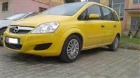 Opel Zafira 2009 kambio Automatike