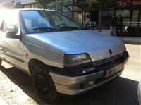 Renault Clio 1.4 urgjente 45000 lek