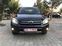 Toyota Rav4 pa gom