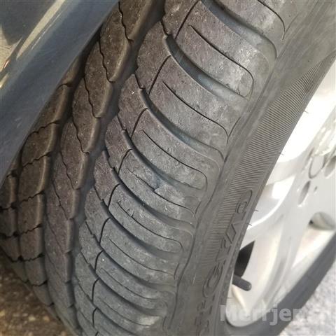 Mercedes-E280-benzin-gaz-