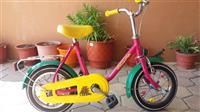 Bicikleta per femije, e sjell nga gjermania