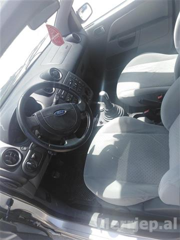 Shitet-Ford-Fiesta-