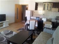 Super apartament 2+1 Durres