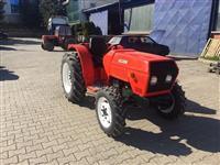 Traktor Goldoni 3050