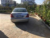 Mercedes 260 per arsyje emigrimi