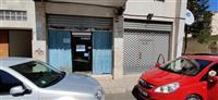 Jepet dyqan me qera 65 m2, 400 Euro/Muaj (i disk)