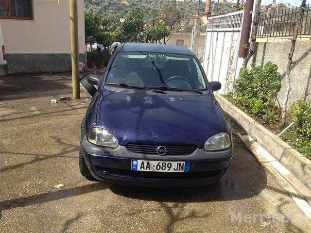 Opel-Corsa-benzin--97-