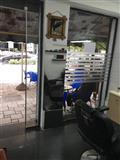 Shitet biznesi berberan te zogu i zi fier