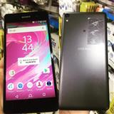 Sony experia E5/super 13 mp /16GB memory/1,5 ram✔