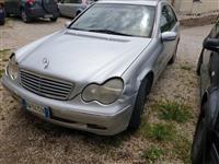 Mercedes benz C class 203 cdi viti 2002