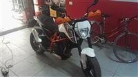 KTM Duke 690cc -14 me letra shitet nderrohet