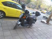 Motorr honda benzine  viti:2002