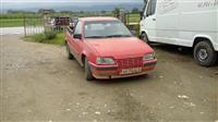 Opel kadett me karoceri