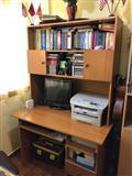 Tavoline KOMPJUTERI + Minibiblioteke