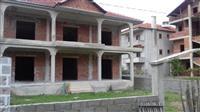 Sitet shtëpi në pogradec