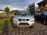 Nissan Navarra 2.5 tdi viti 2004 me dog