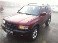 Opel Frontera-00