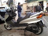 Yamaha Majesty 250 -01