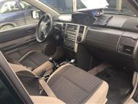 Nissan vit 2007. 4×4