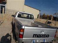 Mazda 4x4  2.5 nafte ne gjendje super te mir!