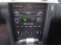 Shitet Ford Mustang 4.0 Benzin