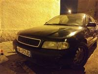 Audi A4 shitet ose nderrohet