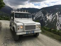 Land Rover Defender 110 2.5 TDI i bardhe