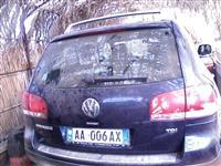 VW Touareg -04