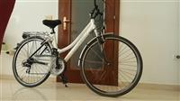 Biciklete cross per femra 28