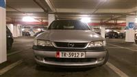 Opel vectra 1.9 nafte