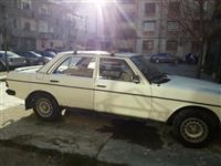 Mercedes 240 -82