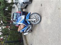 Piaggio Beverly 200 cc 2002 650 leke