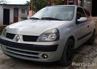 Renault Clio sapoardhur nga IT