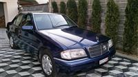 Shes Mercdes Benz C 220