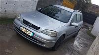 Opel astra shitet ose ndrohet