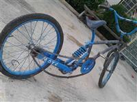 Biciklet me gom te zgjatur