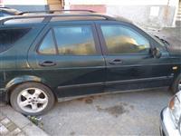 Shitet Saab viti 2010 2.0 benzine