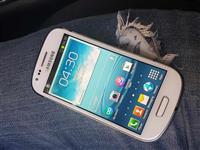 Samsung s3 mini----80 Mije lek.