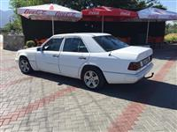 SHES MERCEDES BENC W124 250D