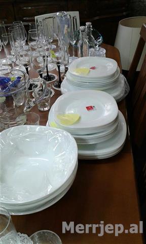 Pjata-Spanjolle-Opal-Glass-Me-shumice-