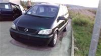 Opel Zafira e 2001