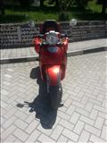 Shitet motor skuter Aprilia 150cc