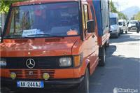 Kamioncin mercedes benx 210d -91